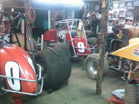 Hoseheads sprint car photos news for Garage sprint auto stains